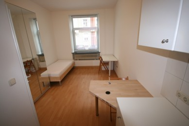 Studentenwohnheim Clemensstr. 127 hier C02